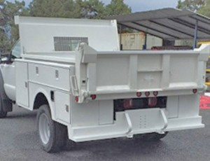 Accesories-Commercial-custom-flatbed-exterior-dump-truck-toolbox