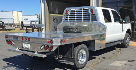 Accesories-flatbed-protech-aluminum-tss-with-underbody-toolbox