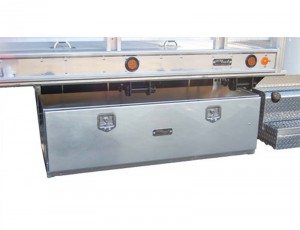 Accesories-flatbed-protech-aluminum-underbody-wide-toolbox