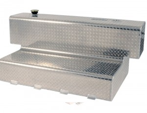 Accesories-fuel-l-tank-84-gallon-deezee-diamond-plate