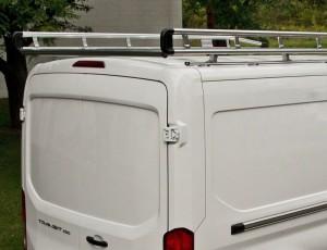 Accesories-racks-commercial-van-aluminum-mounted